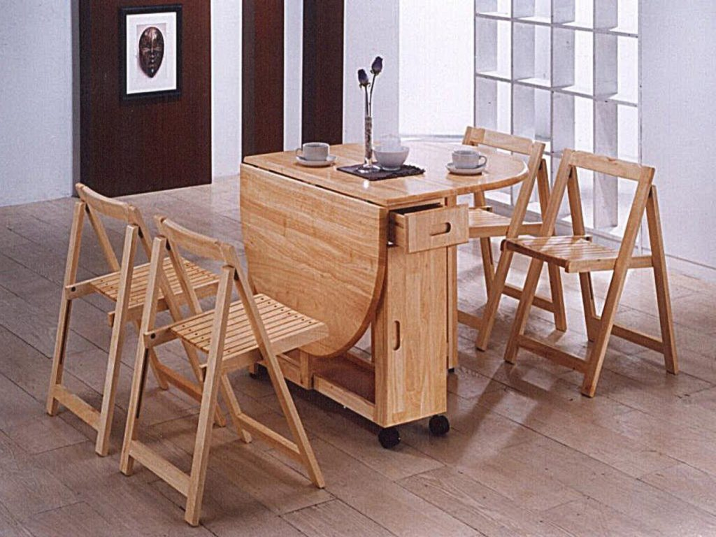 Foldaway dining table
