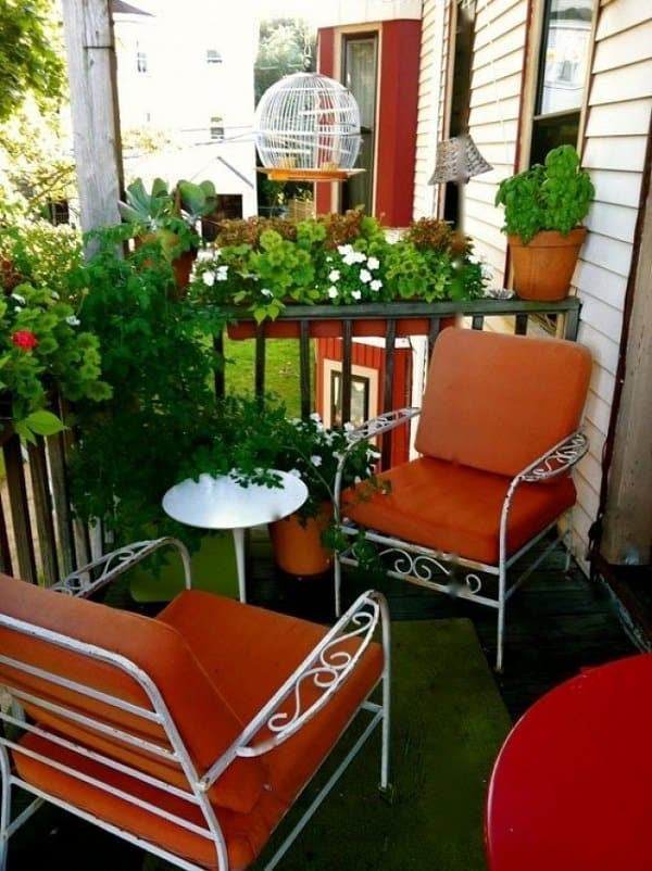 Bold Furnitures small balcony ideas