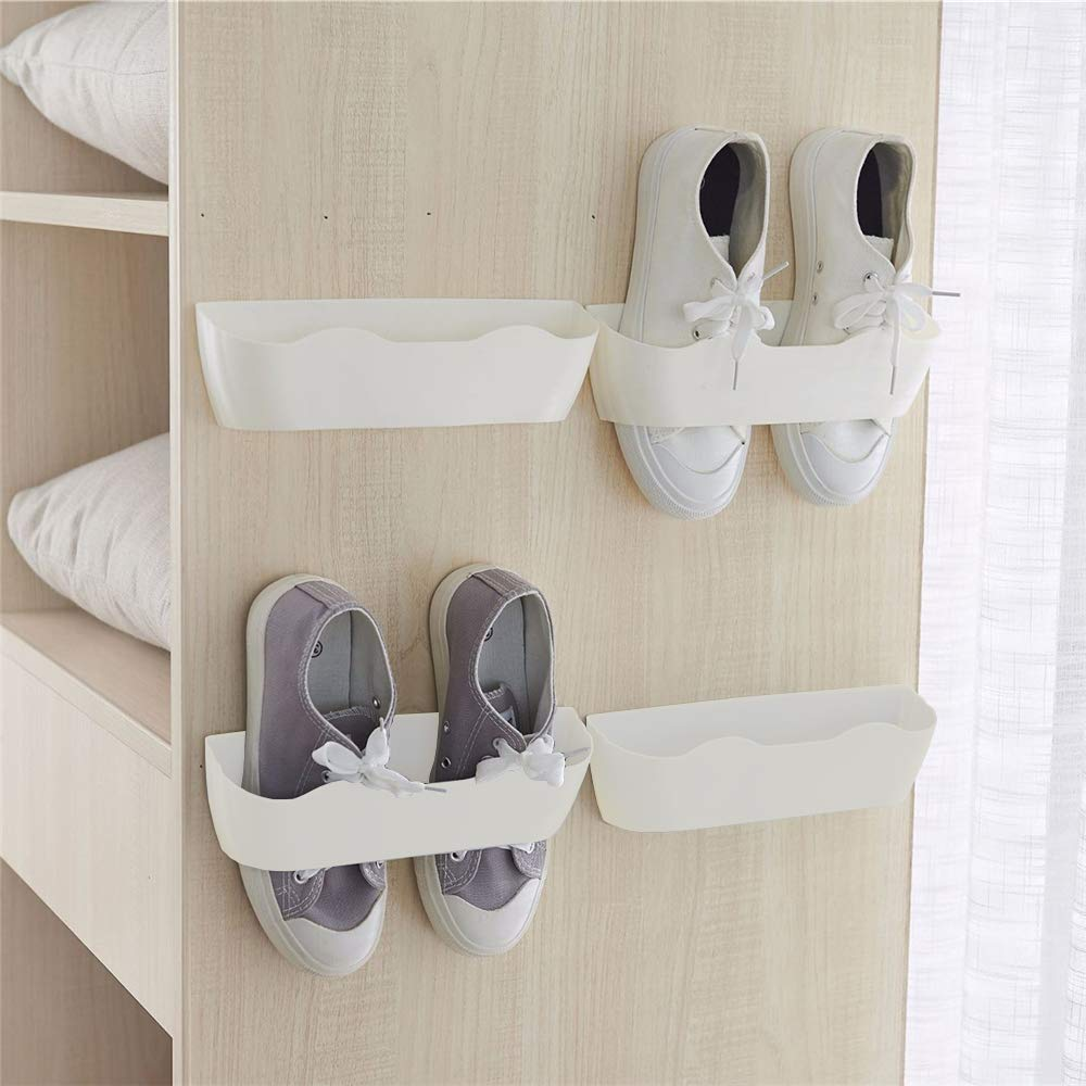 Wall mounted shoe holder